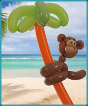 The Balloon Guy - Balloon Twisting a Cheeky Monkey